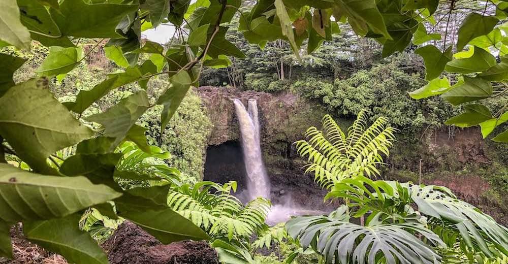 Rainbow Falls Big Island waterfalls
