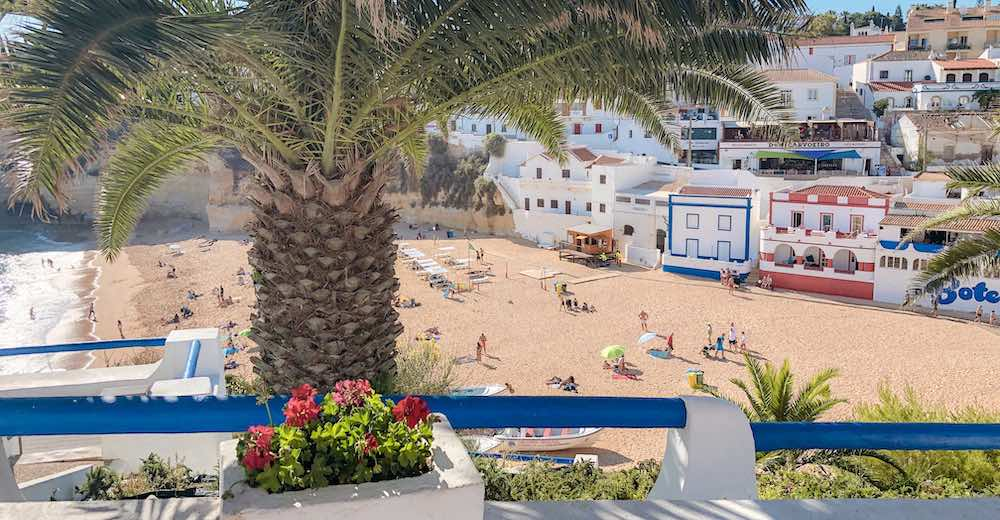 With the many romantic hotels in the area, Carvoeiro and Gerragudo are some of the best places to stay in Algarve Portugal