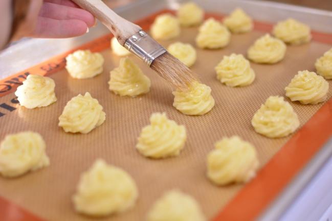 Duchess Potato Bites from Cosmopolitan Cornbread