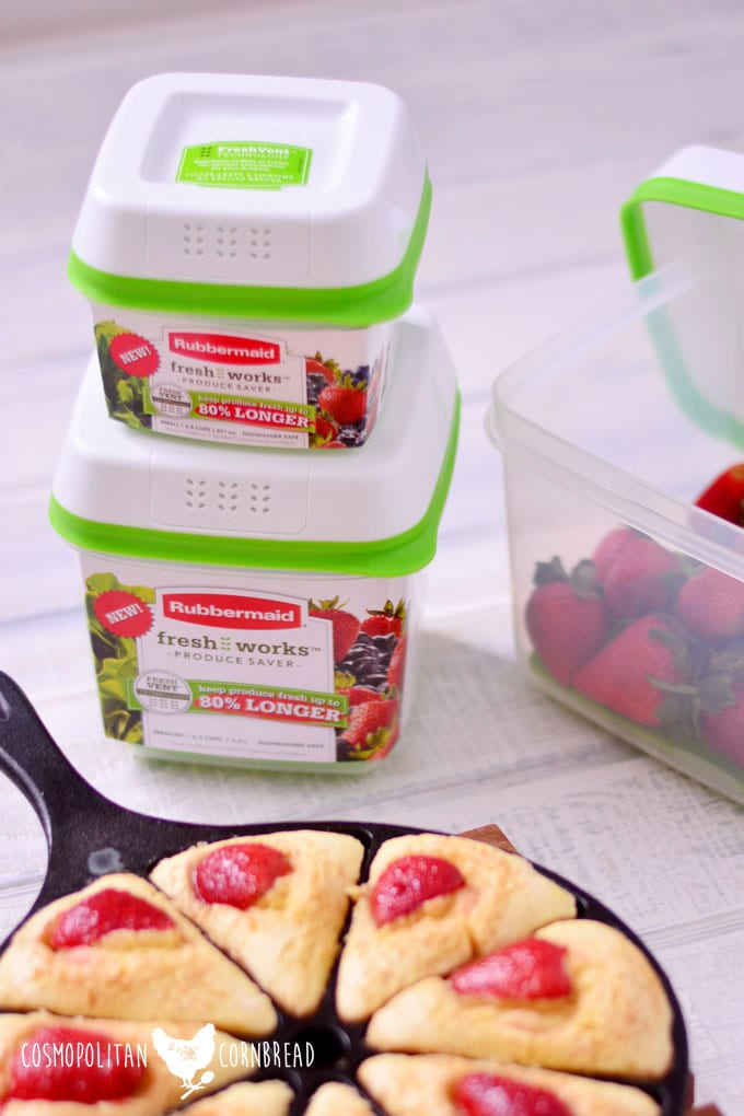 Buttermilk Breakfast Cakes with Balsamic Strawberries & Rubbermaid FreshWorks Giveaway | Cosmopolitan Cornbread
