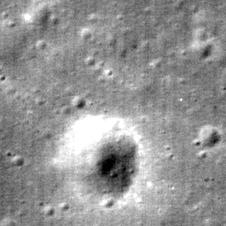 M111578606LE, Cropped