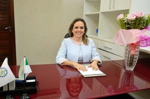 Iraneide Rebouças está completando sua primeira semana como gestora do município (Foto: Reprodução/Zona Fashion)