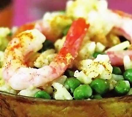 Salata de orez cu mazare si creveti