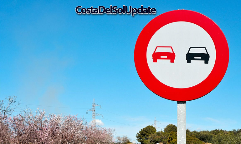 Spanish road Sign