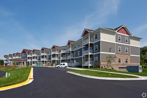 The Estates at Arbor Oaks is a 66-unit active adult community in Minneapolis. (CoStar)