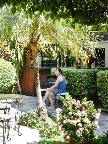 Nikki - this hotel in Playa Hermosa offered internet signal at their garden/patio