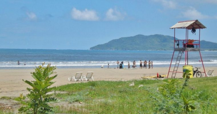What To Know About Playa Tamarindo Costa Rica (Tamarindo Beach)