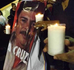 Desde la noche del martes, los compañeros de Goyo Jiménez expresaron su luto, y en protesta a lo que consideran un atentado a la libertad de expresión.