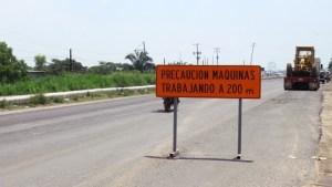 La carretera presentaba daños desde la anterior temporada de lluvias e inundaciones.