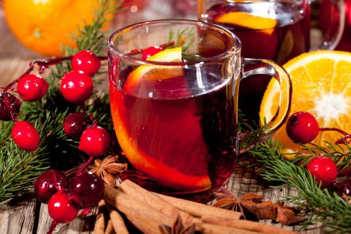 """Vino caliente y """"papillotes"""", clásicos de la Navidad en la Costa Azul"""