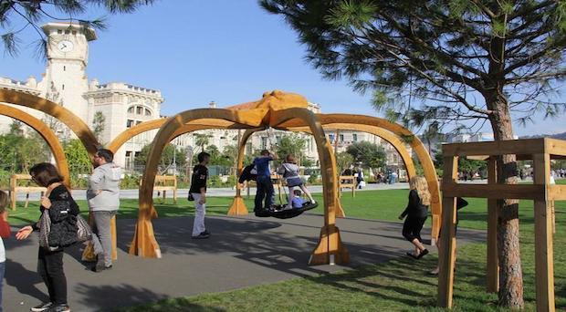 Una nueva área de juegos en el Paseo Paillon de Niza