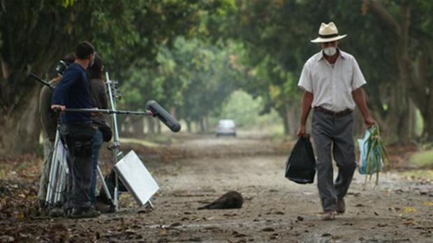La Tierra y la Sombra Augusto Cesar Acevedo