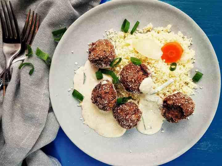 Chifteluțe cu sos în stil italian