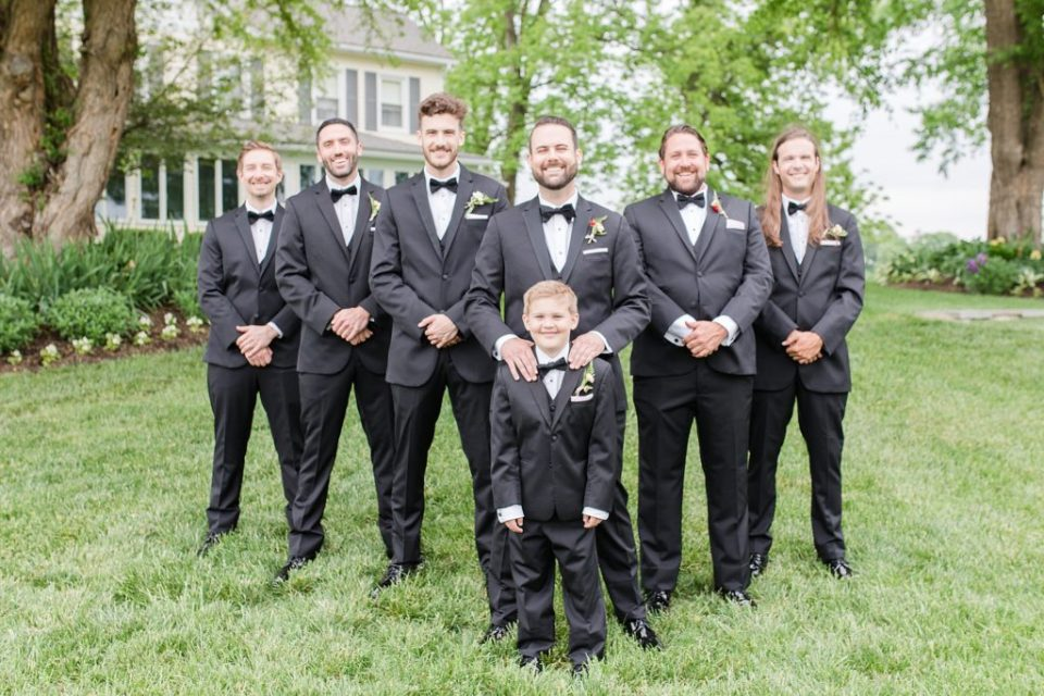 wedding party portraits at flora corner farm photographed by costola photography