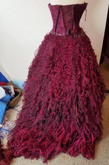 ball gown original dress back