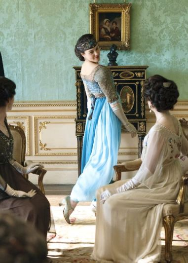 La robe bleue de Lady Sybil