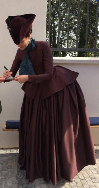Caitriona Balfe sur le tournage d'Outlander