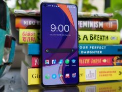 OnePlus 9 Review: $729 Plastic Phones Can Be Really Good