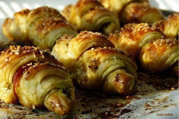 Minis croissants jambon de parme & pesto de basilic