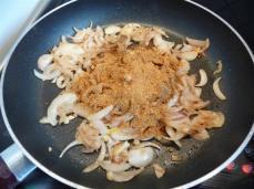boulettes-d8217agneau-sauce-garam-masala-inde-L-6Xhun9