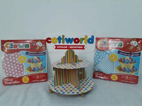 Torre cup cakes rayadas con lunares de dos pisos