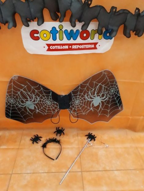 Set de arañita con alas, vincha y varita