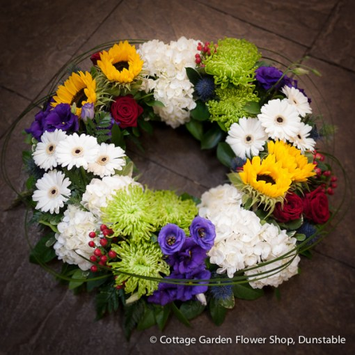 Mixed Grouped Wreath