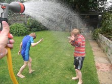 Supersoakers at the ready – WATERFIGHT!!