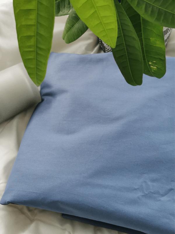 cearceaf de pat albastru gri din bumbac