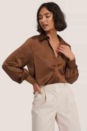 NA-KD hidden button shirt brown (1)
