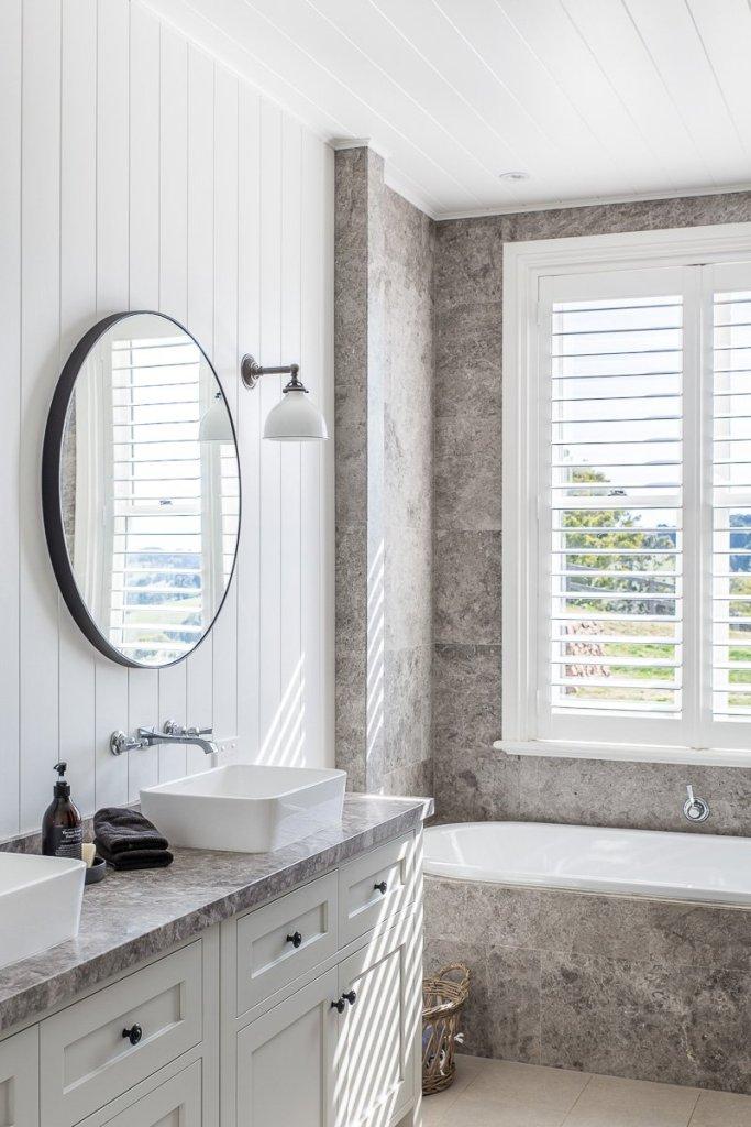 shiplap bathroom walls - modern farmhouse