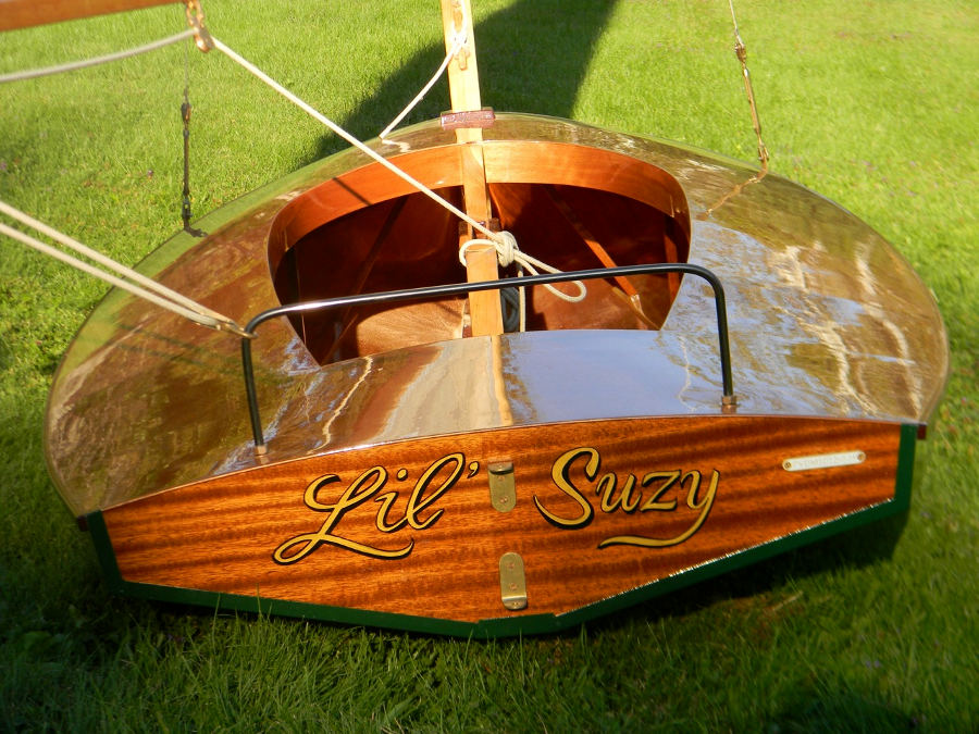 Custom Wooden Boat Builders