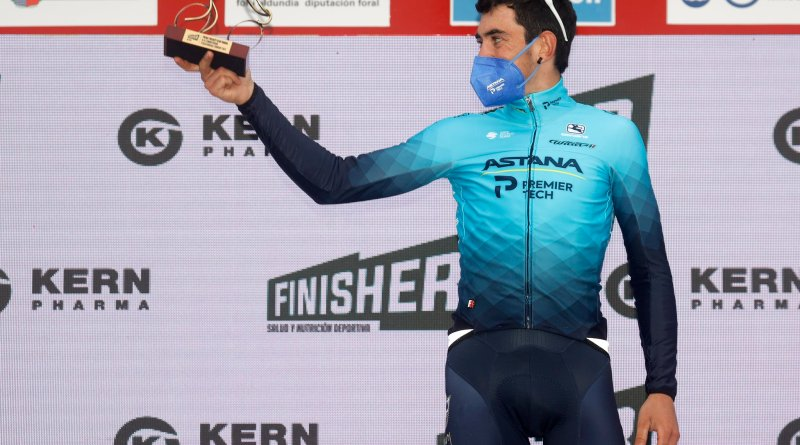 Alex Aranburu stands on the podium after winning stage two of the 2021 Itzulia Basque Country.