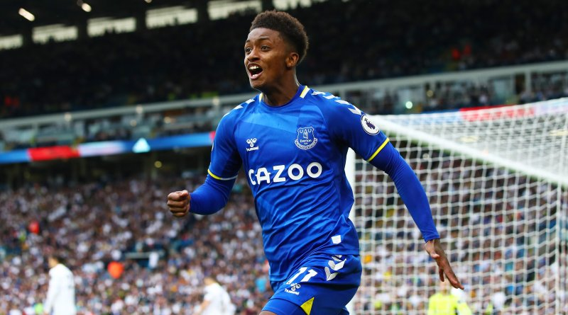 Demarai Gray celebrates after scoring his first goal for Everton against Leeds United
