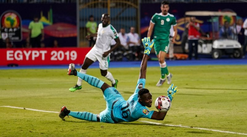 Edourad Mendy, pictured here making a save for Senegal, will have a big role to play in the October World Cup Qualifying matches
