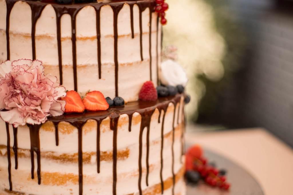naked-cake-Hochzeitstorte-vintage-wedding-cake-naked-cake