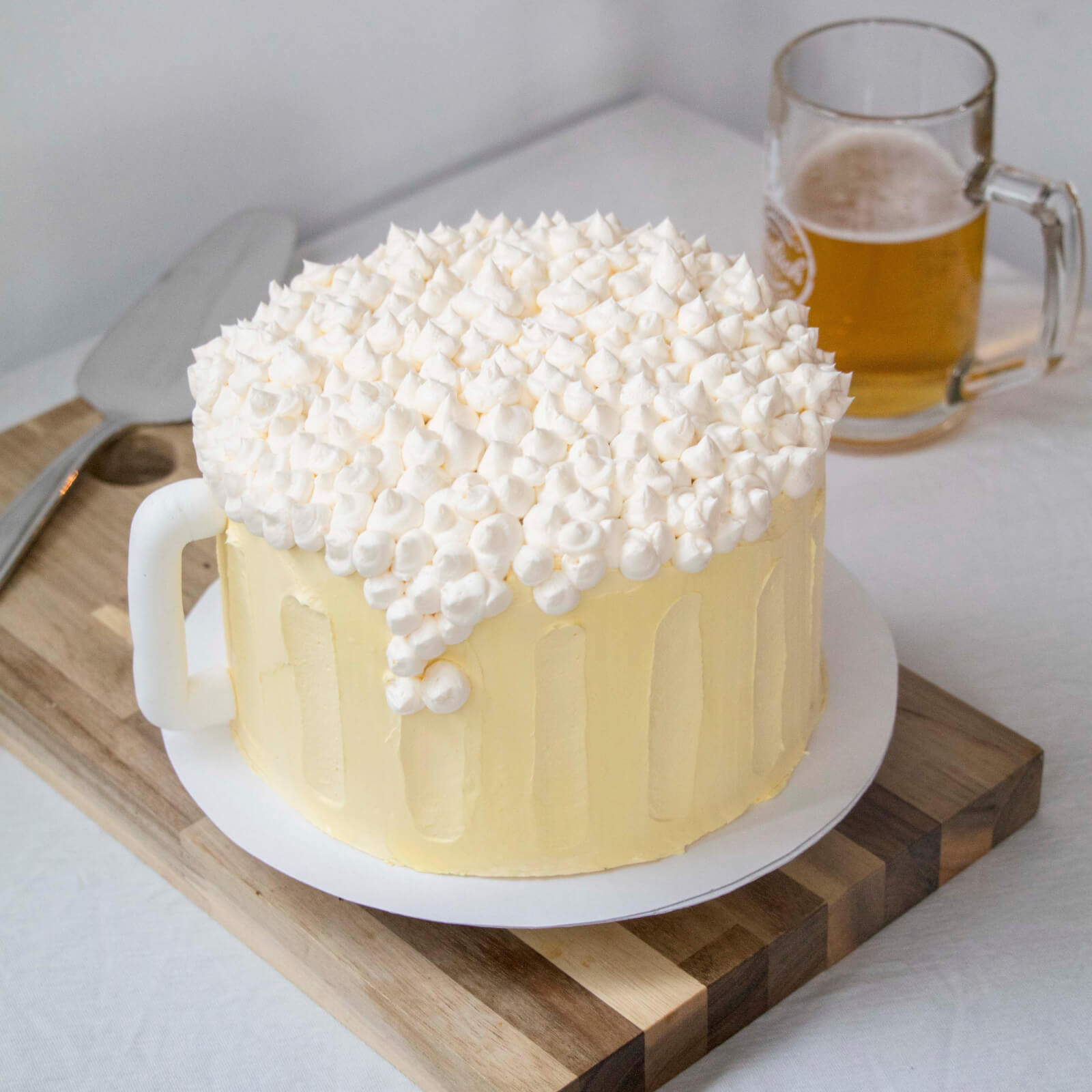 beer-mug-cake-recipe-biertorte-bierkuchen-bierkrugtorte-maß-biertorte-square