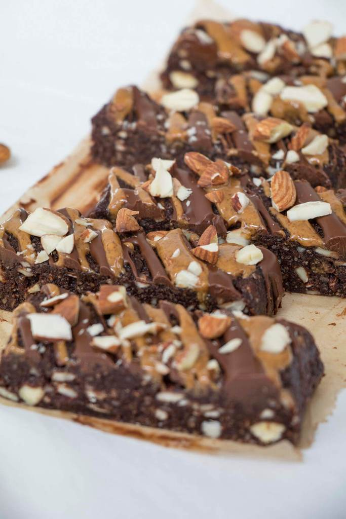 homemade-healthy-snack-bars-gesunde-snack-riegel-selber-machen