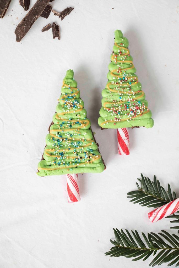 Christmas-tree-brownies-weihnachtsbaum-brownies-tannenbaum-brownies (4)