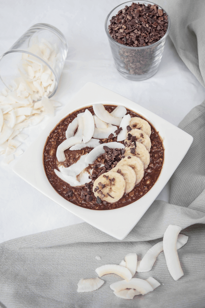 Coconut-Chocolate-bounty-porridge-schoko-bananen-porridge-mit-kokosmilch (1)