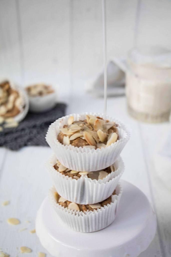 vegan-oatmeal-muffins-with-chickpea-gesunde-muffins-mit-kichererbsen (1)