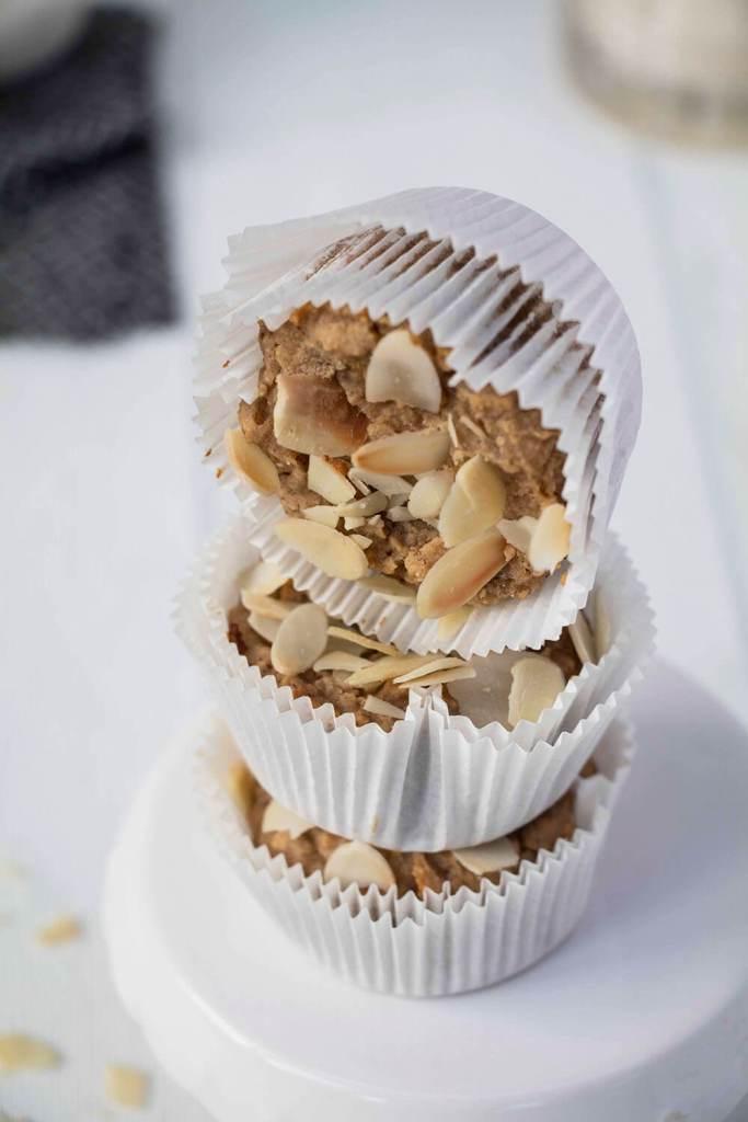 vegan-oatmeal-muffins-with-chickpea-kichererbsen-muffins-vegan (1)