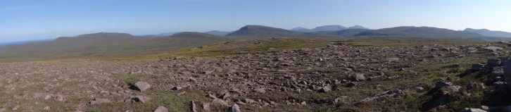 Nice panorama east of Cnoc a' Ghiubhais.