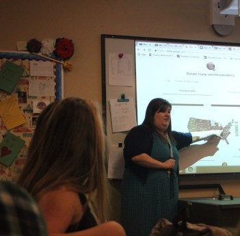 In first hour Social Studies, Ms. Stradling, discusses the 2016 presidential election. (Photo by Hannah Molino)