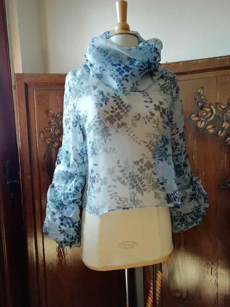 Lan Konogan - styliste, modéliste, tapissière