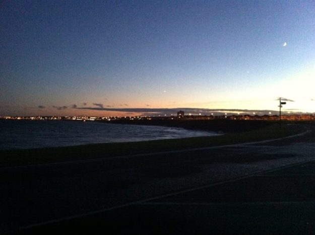 Whitley_Bay_at_Night