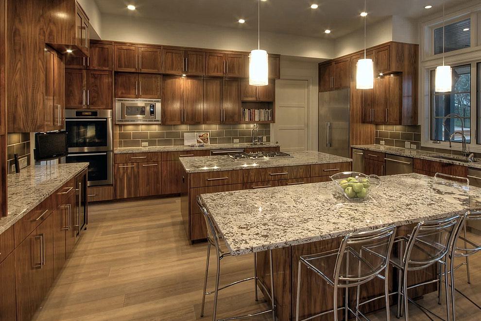 50+ Popular Brown Granite Kitchen Countertops Design Ideas on Black Granite Countertops With Brown Cabinets  id=81836