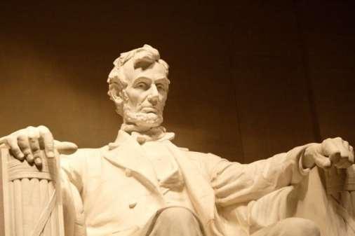 Abraham-Lincoln-e1376846522666