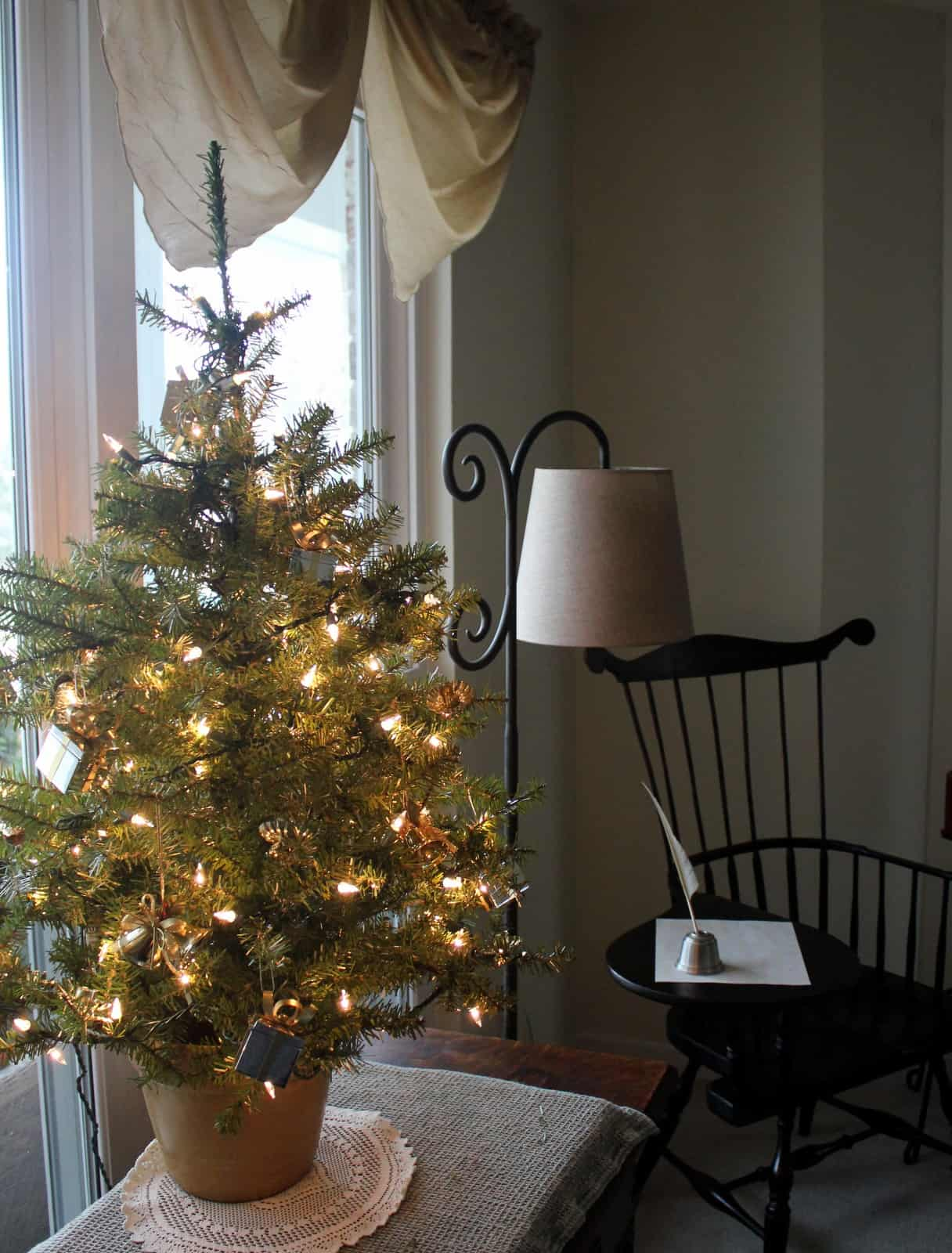 How to Personalize Your Christmas Tree and Make it Shine ...