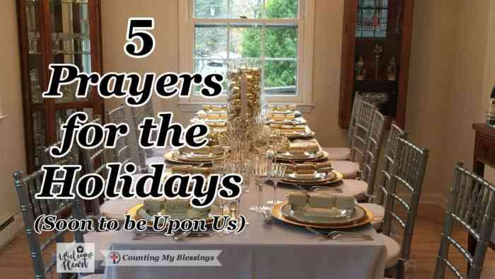 The holidays are full of both excitement and anxiety. I love these prayers for the holidays. They are the hope & attitude adjustment I need. #Prayer #Hope #Holidays #hospitality #WWGGG